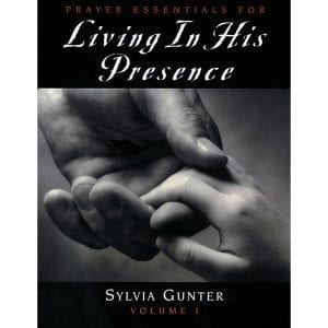 Living In His Presence Vol 1